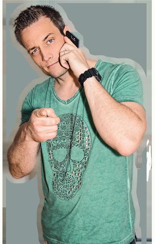 Thomas Frohnert am Telefon